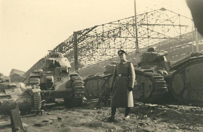 Renault%20plant%20after%20bomming.JPG
